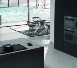 La placa de inducción KM 7897 FL de Miele, oro en los iF Product Design Awards