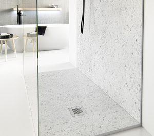 Nuovvo presenta dos platos de ducha con acabado terrazo