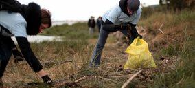 Carrefour y P&G vuelven a unir fuerzas en sostenibilidad con #MiPlayaSinPlásticos