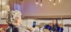 Panasonic presenta dos nuevos teléfonos móviles para mayores