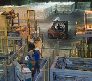 El consumo de cemento baja un 18% en mayo