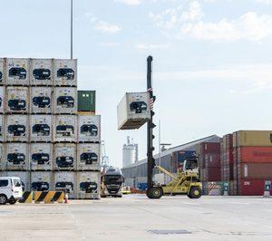 Valenciaport reduce la mercancía movida un 18% en mayo