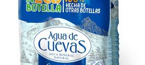 Agua de Cuevas presenta su primera referencia con un 100% de r-PET