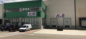 AB Custom aumenta su negocio y plantilla nacional