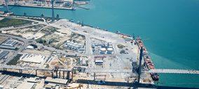 El tráfico portuario volvió a caer en julio, pero menos que el mes anterior
