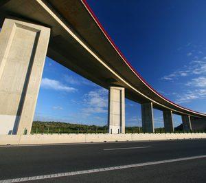 Ferrovial vende dos autopistas en Portugal por 171 M€