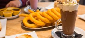 Una cadena de cafeterías reubica uno de sus locales y negocia nuevas aperturas
