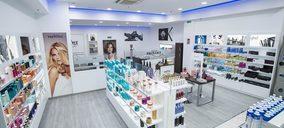 Sevilla inaugura centro comercial con la apertura de una cadena de perfumería. ¿Cuál es el perfil de la provincia?