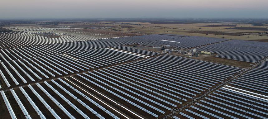 Saint-Gobain Isover colabora con Saeta Yield para mejorar la eficiencia energética en de tres de sus plantas termosolares