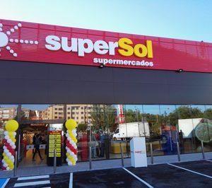 Supersol cerrará la tienda que no comprará Carrefour y clausura un almacén logístico