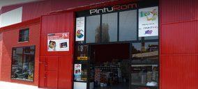 PintuRom abre nueva tienda y proyecta otra