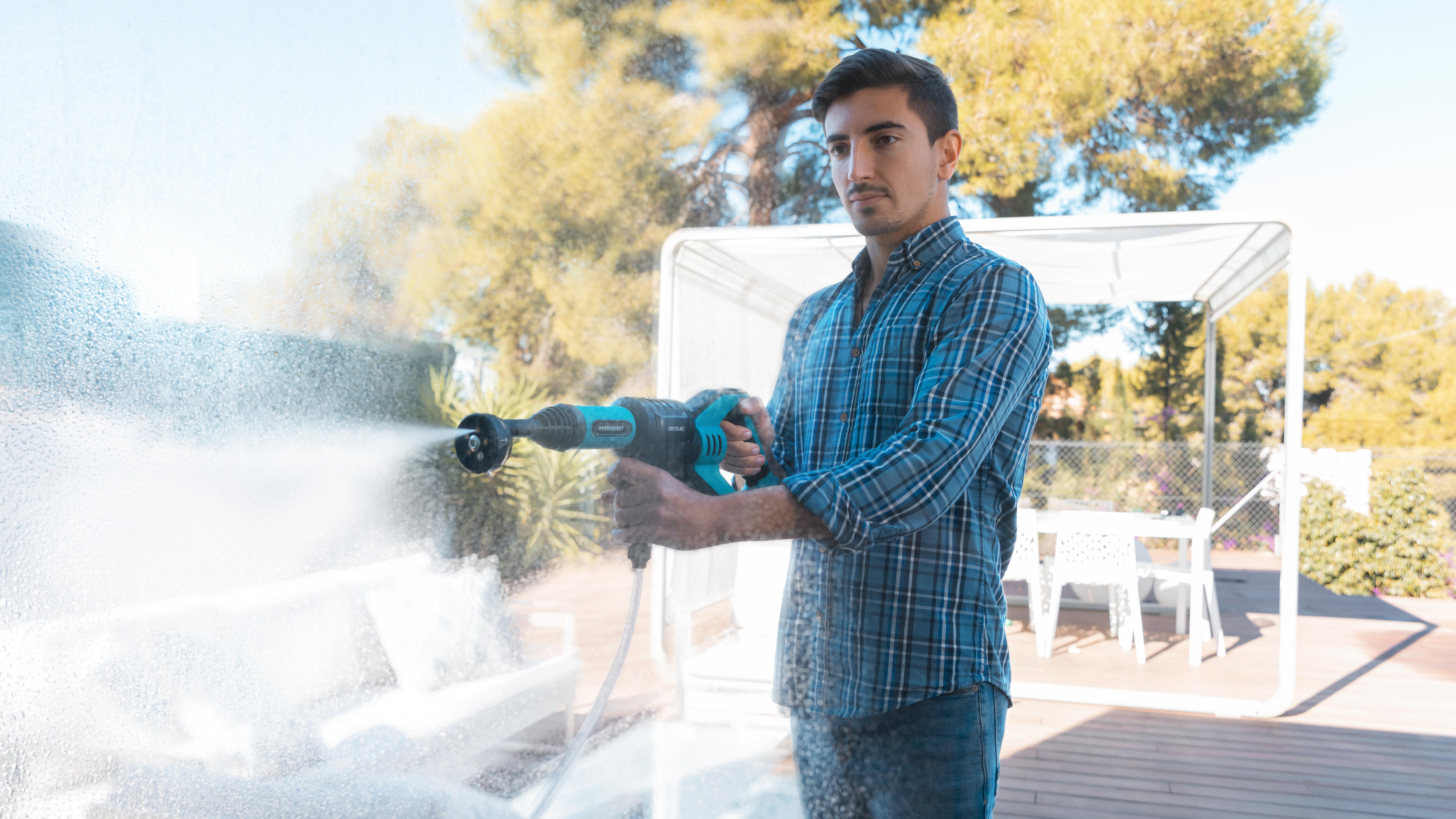 Cecotec amplía su gama de hidrolimpiadoras con modelos sin cables
