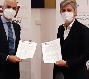 El Icsuro y la FEV firman un acuerdo de colaboración que pone en valor el corcho