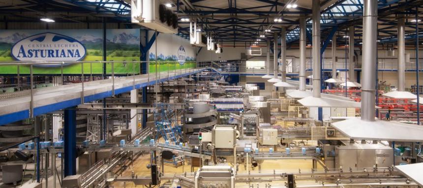 Capsa Food apuesta por las luminarias LED de Trilux en su fábrica de Granda