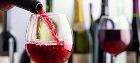 El vino, la bebida que menos creció en 2020 en alimentación, pese a hacerlo un 25%