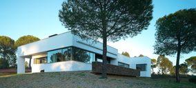 Strugal lanza su nueva gama de ventanas terminadas de aluminio para profesionales