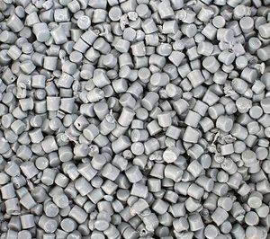 Anaip alerta sobre una posible escasez de materias primas plásticas