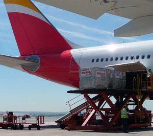 El transporte aéreo de mercancías repite descensos