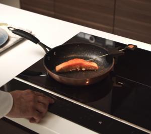 Frigicoll lanza las nuevas placas de inducción Perfect Sensor De Dietrich