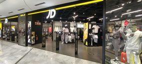Las firmas del retail deportivo se lanzan a la apertura de grandes establecimientos
