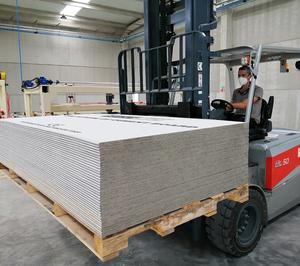 Secolite pone en marcha su nueva fábrica de placas de cemento