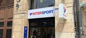 Intersport inaugura una nueva tienda de dos plantas en Tarragona