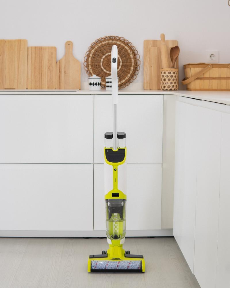 InnJoo diversifica su negocio con la incorporación de la aspiradora fregona InnJoo Clean Master One