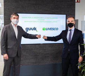 Grupo Uvesco se alía con Guuk para la transformación digital de sus supermercados