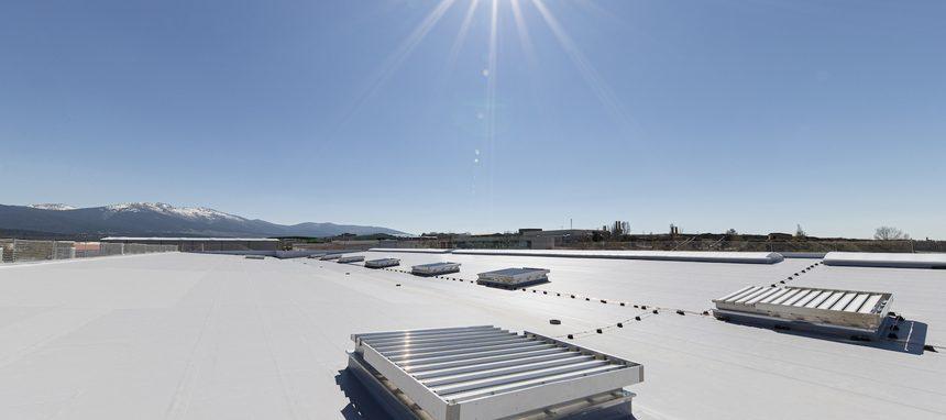Drylock Technologies elige Renolit Alkorplan para la cubierta de su nueva fábrica en Segovia