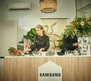 Cristina Oria presenta la llegada a España de la nueva generación de frigoríficos Bespoke de Samsung