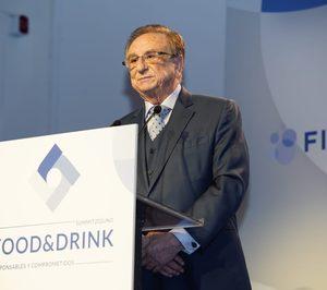 Tomás Fuertes recibe el Reconocimiento de FIAB por su contribución al sector agroalimentario español