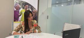 Casaverde firma un acuerdo de colaboración con Adopta un Abuelo