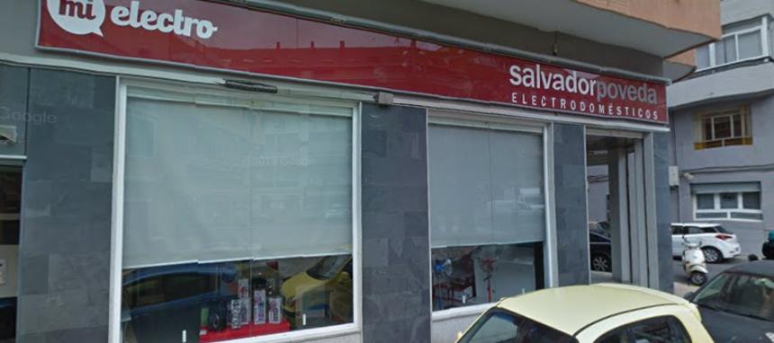 Salvador Poveda ajusta su sala de ventas