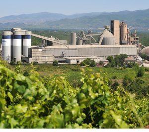 El grupo Votorantim reordena sus negocios de cemento en España