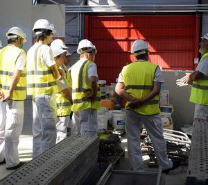 El aumento del empleo, los contratos y las empresas confirman la buena marcha de la construcción en el primer semestre