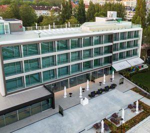 Una empresa de gestión hotelera para alojamientos independientes asume la operativa del Noa Boutique Hotel