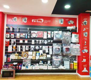 Fersay abre un nuevo córner, el 58, en la tienda de Rosa Vila en Albal