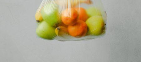 El Gobierno busca eliminar las bolsas de plástico del lineal hortofrutícola