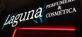 'Perfumerías Laguna' toma el relevo a la recién clausurada tienda de 'Perfumerías Alberto'