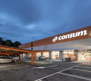 Consum crea una dirección de logística y retoca su consejo