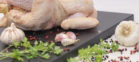 El sector avícola encara pérdidas millonarias por el alza de las materias primas